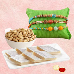 Delightful Rakhi Love for 3 with Dry Nuts n Sweets