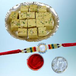 Fabulous Rakhi with Delectable Soan Papdi Pack
