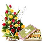 Mixed Roses with Assorted Sweets Online