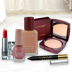 Superb gift hamper of Compact, Nail Polish, Lipstick, Foundation and  Kajal From Lakme