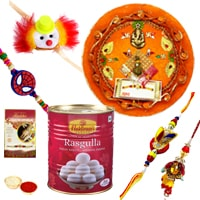 Appetizing Rakhi Gift Array
