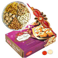 Classic Gift of Soan Papdi N Mix Dry Fruit with Rakhi for your Loving Brother on Rakhi