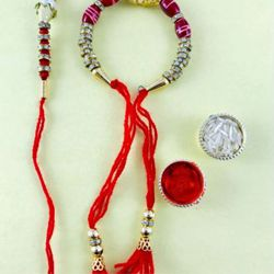 Graceful Lumba Rakhi Set for Bhabhi Bhaiya