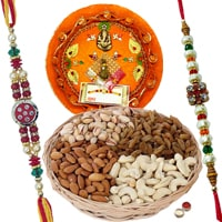 Admirable Gift Set of Rakhi Thali and Dry Fruits along with Rakhi, Roli and Tikka on Raksha Bandhan<br><br>